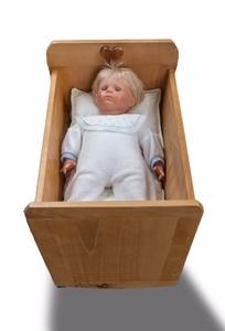 Petit berceau pour poupée