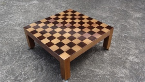 Table basse dame