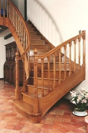 Escalier quartier tournant débillardé