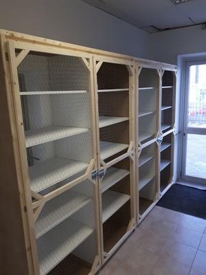Fabrication sur mesure meuble de rangement alimentaire pour une boutique