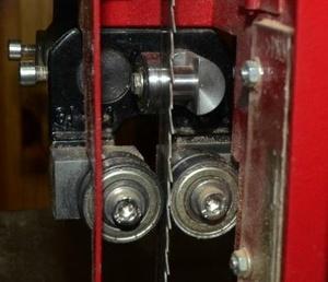 Amélioration du guidage de la lame sur scie à ruban N4400