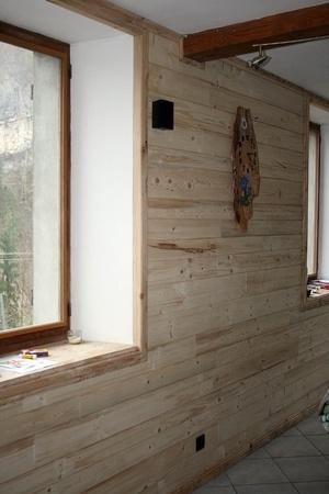 Le mur du Salon