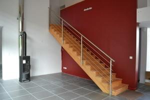 Escalier droit comptemporain