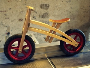 Draisienne en bois pour enfant