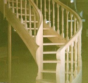 Escalier à double noyau de départ