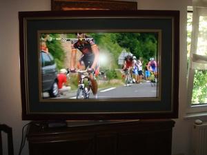 Cadre pour ecrat de TV