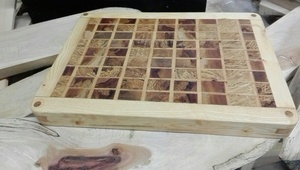 Planche à découper en bois de bout