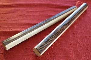 Nunchaku en bois précieux