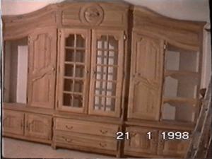 Bibliothèque traditionnelle en orme rouge