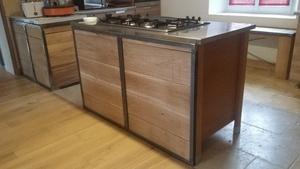 Habillage pour meuble de cuisine en métal et bois