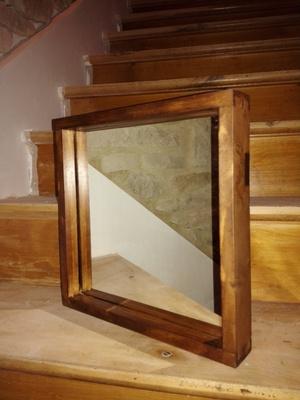 Encadrement de miroir, avec queue d'aronde