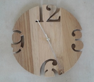 Horloge chantournée