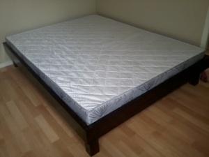 Cadre de lit et sommier