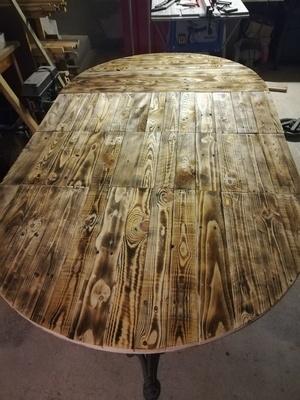 Table ronde avec rallonges