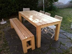 Une table de Réunion