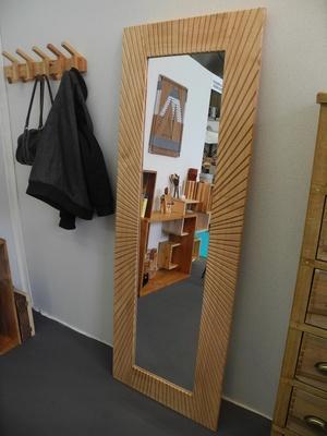 Un grand miroir