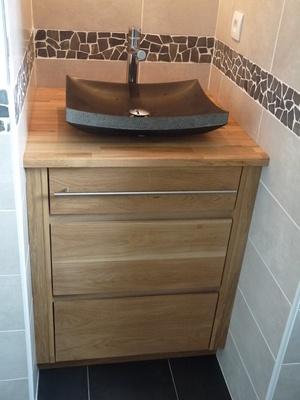 Meuble de salle de bain en chêne massif