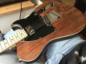 Guitare Suge Uhin
