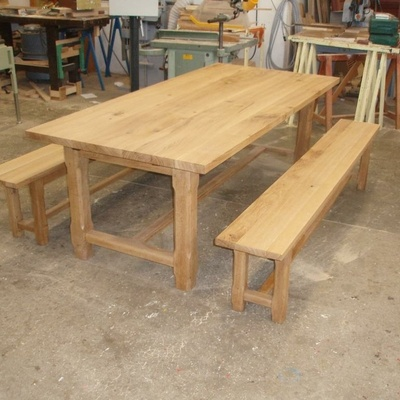 restauration d 39 une table de ferme et ses deux bancs par