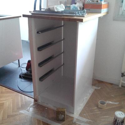 Meuble tiroirs sur comptoir par flipflip sur l 39 air du bois for Comptoir du meuble bruxelles