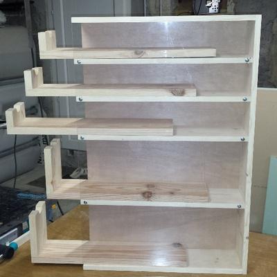 un meuble de rangement pour fraises et m ches par nico38 sur l 39 air du bois. Black Bedroom Furniture Sets. Home Design Ideas