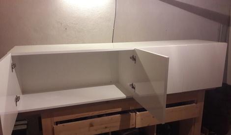 meuble tv en ch ne et stratifi blanc laqu par steph sur. Black Bedroom Furniture Sets. Home Design Ideas