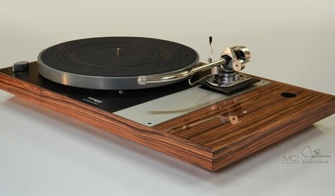 platine vinyle thorens td160 mkii par matthieucaron sur l 39 air du bois. Black Bedroom Furniture Sets. Home Design Ideas