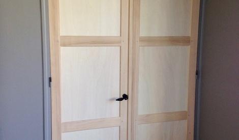 une porte double battant int rieure par zeloko sur l 39 air. Black Bedroom Furniture Sets. Home Design Ideas