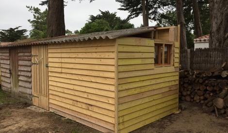 Cabane de jardin pour petit atelier 4mx3m par danietlou sur l 39 air du bois - Cabane jardin atelier besancon ...