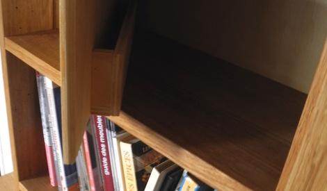 petite biblioth que par peiot sur l 39 air du bois. Black Bedroom Furniture Sets. Home Design Ideas