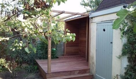petite terrasse pergola abris bois par slick sur l 39 air du bois. Black Bedroom Furniture Sets. Home Design Ideas