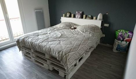 sommier en palette et t te de lit en m dium par booster sur l 39 air du bois. Black Bedroom Furniture Sets. Home Design Ideas