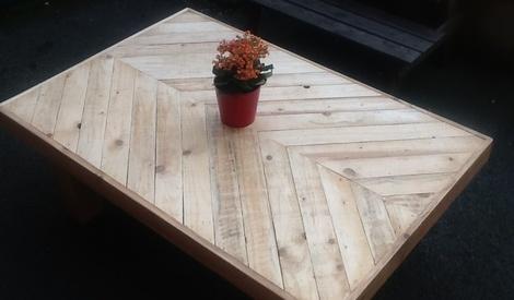salon de jardin 1ere partie la table basse par woodandcrafts sur l 39 air du bois. Black Bedroom Furniture Sets. Home Design Ideas