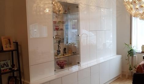 double corps en stratifi blanc brillant par hebus sur l 39 air du bois. Black Bedroom Furniture Sets. Home Design Ideas