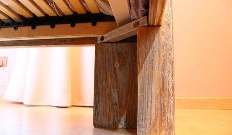 lit effet patin 180 x 200 en bois de charpente par drags sur l 39 air du bois. Black Bedroom Furniture Sets. Home Design Ideas