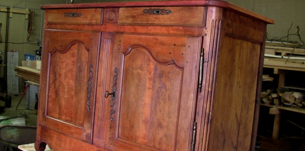 Restauration d'une commode en merisier