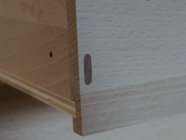 Domino d'assemblage des caisses de tiroir