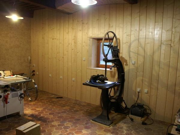 pas pas am nagement d 39 un atelier de menuiserie par zeloko sur l 39 air du bois. Black Bedroom Furniture Sets. Home Design Ideas
