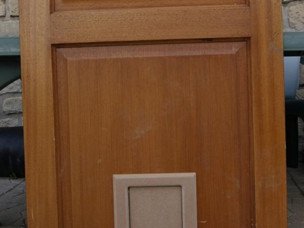 Montage à blanc sur la porte