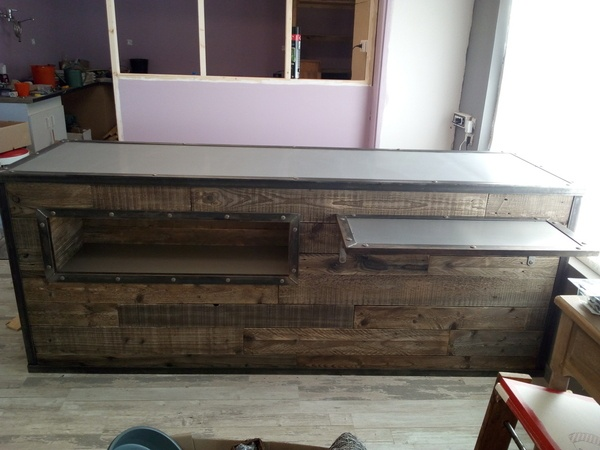 comptoir de magasin par woodandcrafts sur l 39 air du bois. Black Bedroom Furniture Sets. Home Design Ideas