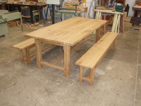 Restauration d 39 une table de ferme et ses deux bancs par wiedou67 sur l 3 - Restauration d une table en bois ...