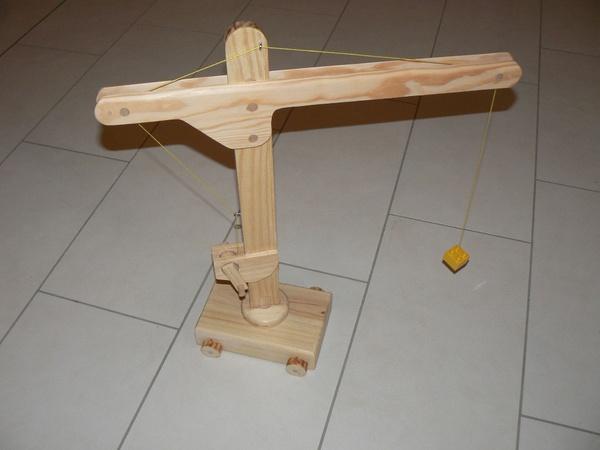 grue pour enfant par dhn sur l 39 air du bois. Black Bedroom Furniture Sets. Home Design Ideas