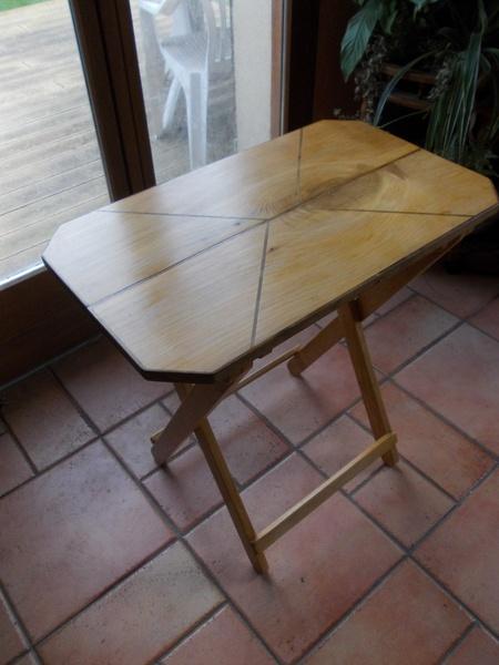 Petite table pliable par siloe sur l 39 air du bois - Petite table pliable ...