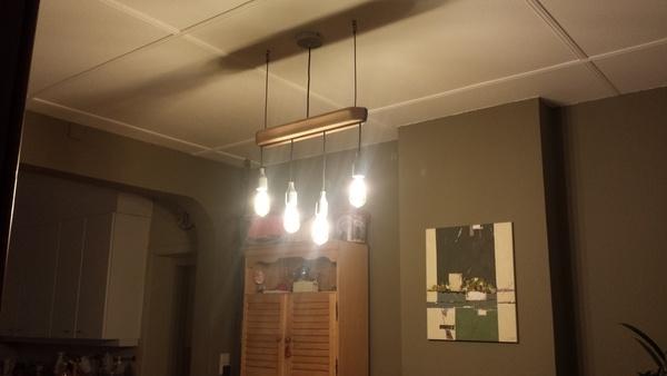 plafonnier salle manger par vic66 sur l 39 air du bois. Black Bedroom Furniture Sets. Home Design Ideas