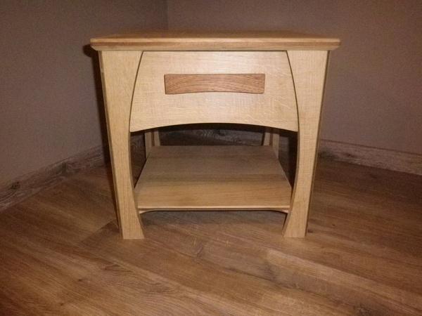 table de nuit par syldesalpes sur l 39 air du bois. Black Bedroom Furniture Sets. Home Design Ideas