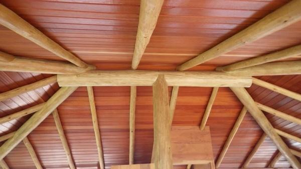 Charpente en bois originale