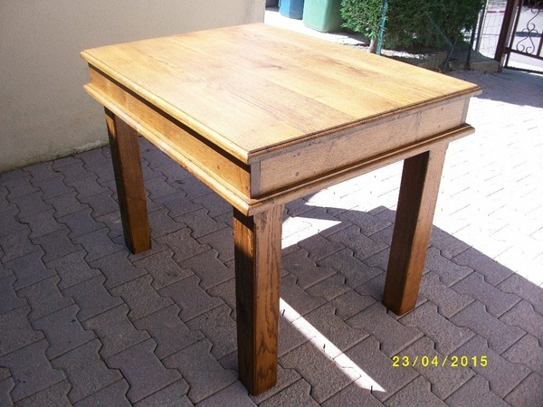 Table en chene massif