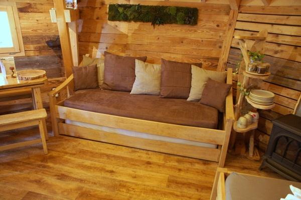 lit canap pour cabane insolite par zeloko sur l 39 air du bois. Black Bedroom Furniture Sets. Home Design Ideas