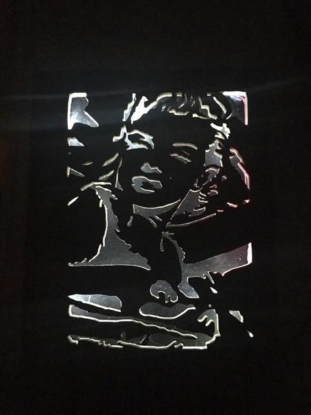 Marilyne lumineux