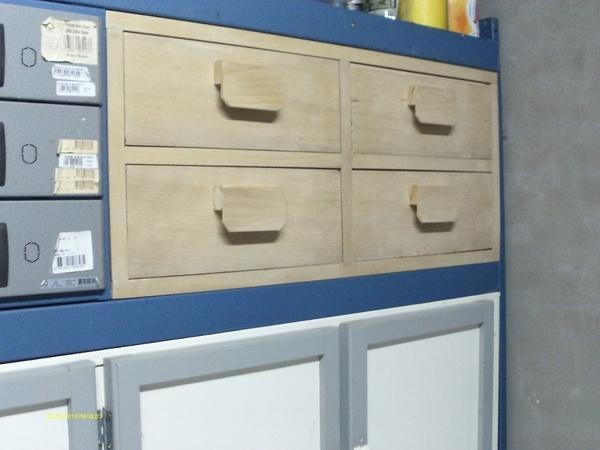 meuble de rangement dans l 39 atelier par toff62 sur l 39 air du bois. Black Bedroom Furniture Sets. Home Design Ideas